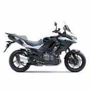 motocicleta_kawasaki_versys_1000_negro_blanco_2020_foto3